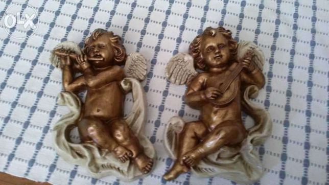 Conjunto de anjinhos de Madeira