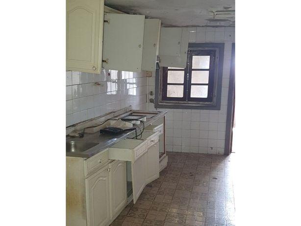 Prédio com 3 apartamentos Maia - Pedrouços (H.S.João/ISCAP)