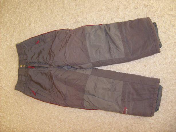 Spodnie zimowe 140 na sanki narty