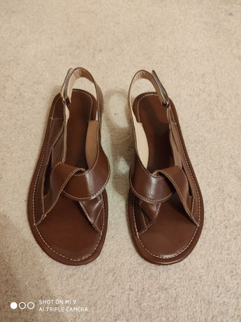 Sandały.