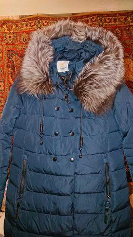 Утепленное зимнее пальто