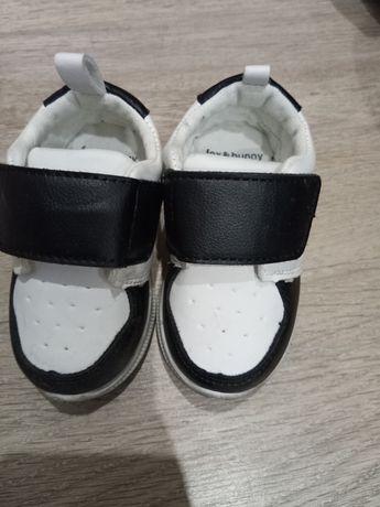 Кроссовки на мальчика 21 размер