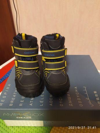 Geox детские зимние ботинки 21 размер.
