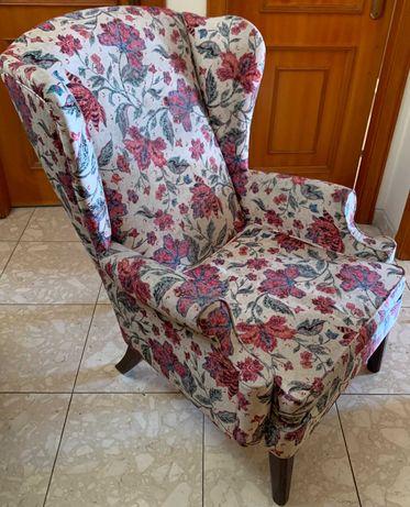 Cadeira / Sofá / Senhorinha