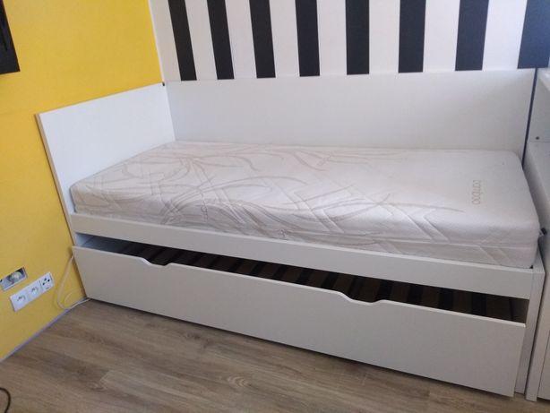 Łóżko IKEA podwójne