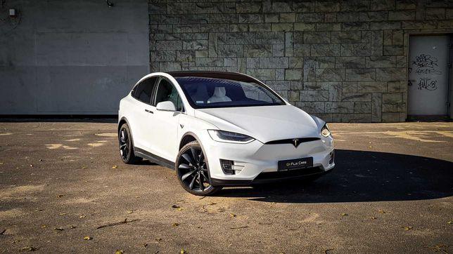 Wynajem Tesla X Long Range Full Self-driving