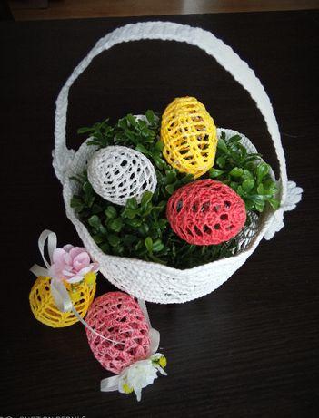 Koszyczki i jajka wielkanocne