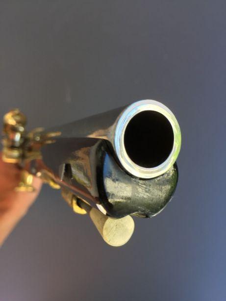 Pistolet skałkowy XVIII w - replika - stal mosiądz i egzotyczne drewno