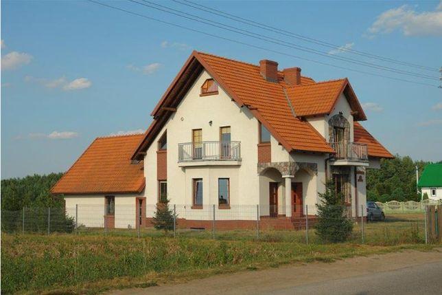 Duży piękny dom na Kaszubach, sala, uroczystości, wakacje.