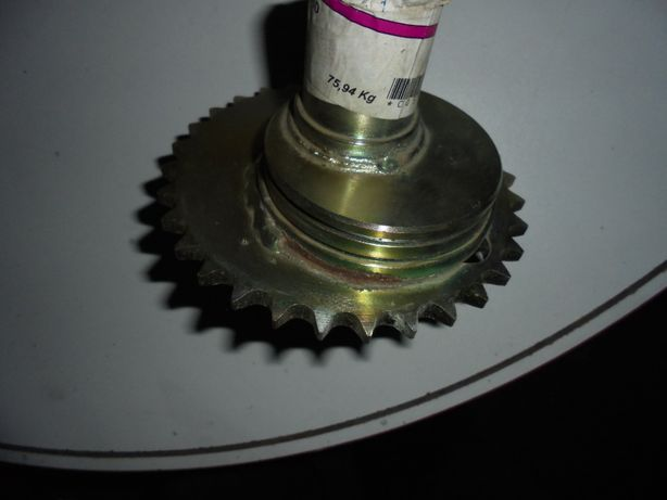 Mimośród mechanizmu wysiewającego KUHN nr N00_824B0 oryginał wyprzedaż