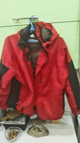 Продается демисезонная куртка р.48-50.в очень приличном сос