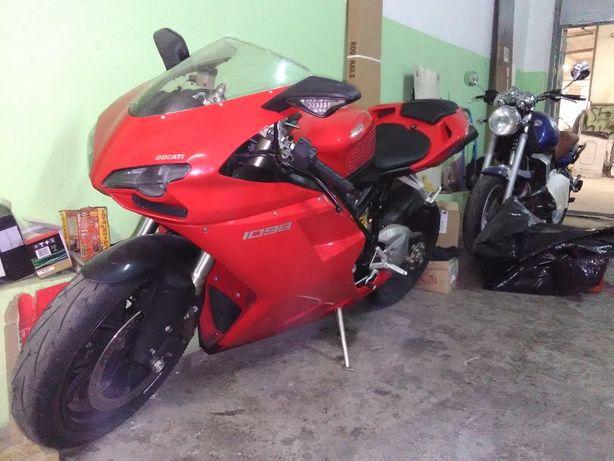 Продам мотоцикл Dukati 1098 2008 года