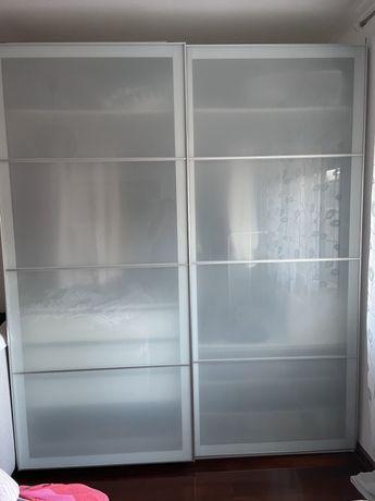 Roupeiro Pax do Ikea