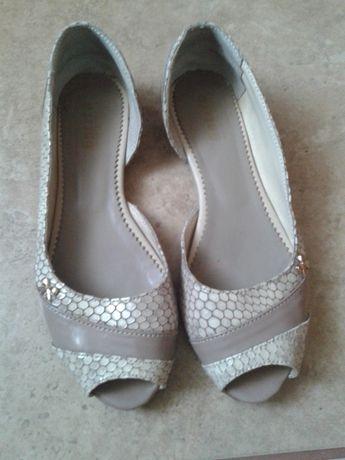 Шкіряні туфлі балетки. Кожание туфли балетки