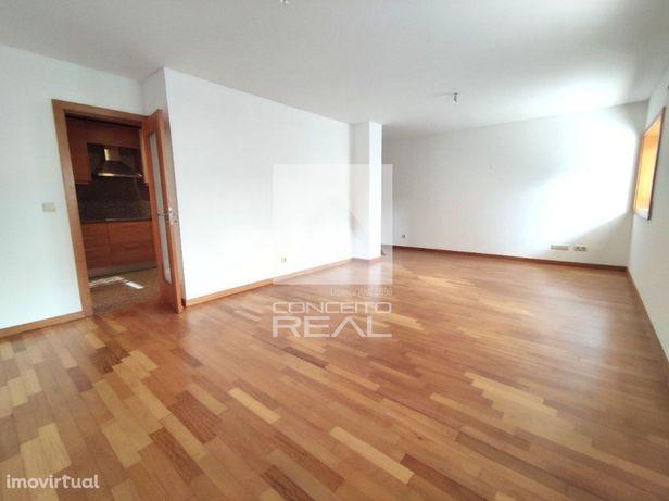 Apartamento T3 em Ermesinde P/ Habitar ( A 500 m do Alto da Maia)