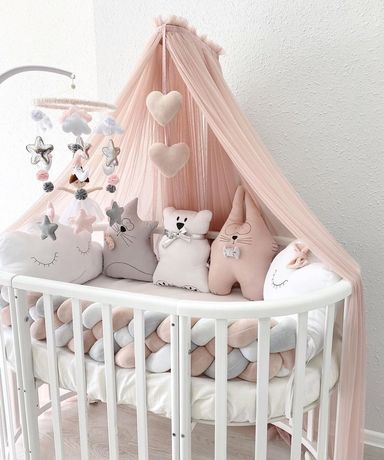 Бортики в кроватку , косичка , постельное в детская кроватка , кокон