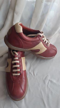 """Sapatos """"Camper"""" senhora tam 37"""