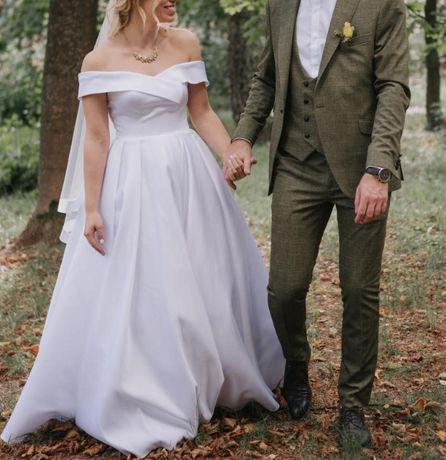 Продам свадебное платье, состояние нового