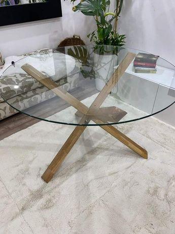 Mesa de refeição em vidro