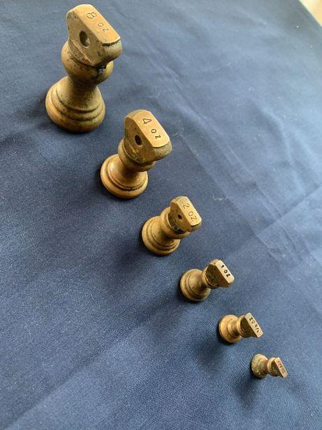 pesos bronze balança