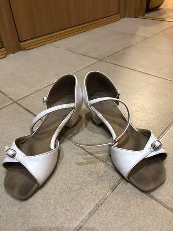 Продам танцевальную обувь Supadance