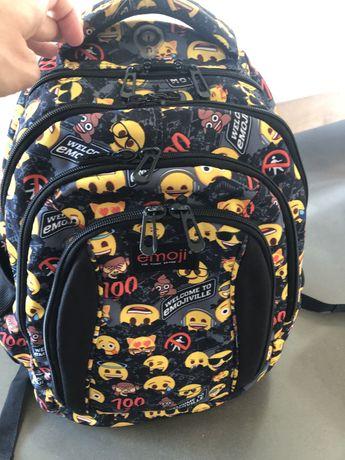 Plecak EMOJI od 4klasy dla chłopca lub dziewczynki