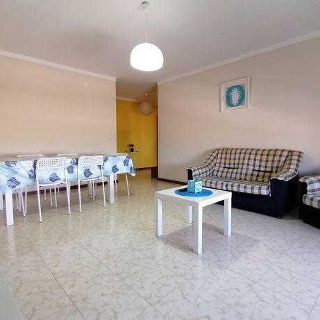 Apartamento T3 para férias em Peniche