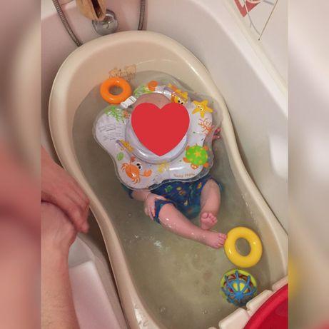 Ванночка детская качественный пластик ,с горкой и кругом - 400 грн.