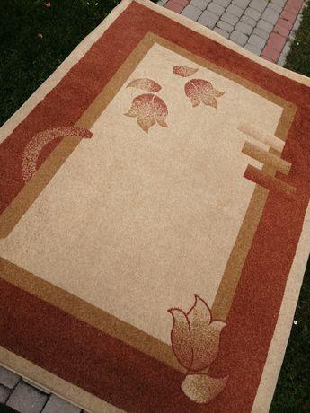 Duży dywan do pokoju dziecka