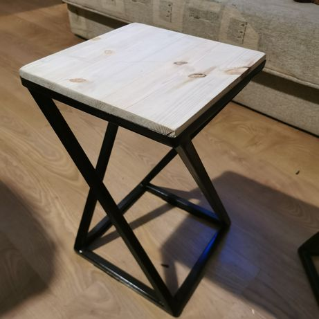 Meble, Krzesła, taborety 30cm x 30cm x50 cm