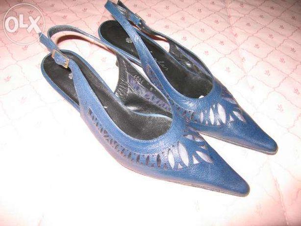 Sapatos de senhora marca charles