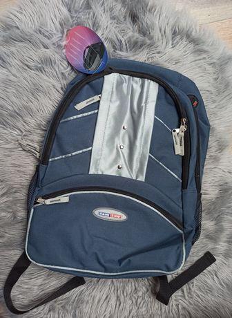 NOWY plecak granatowy niebieski duży do szkoły, na wycieczkę do pracy