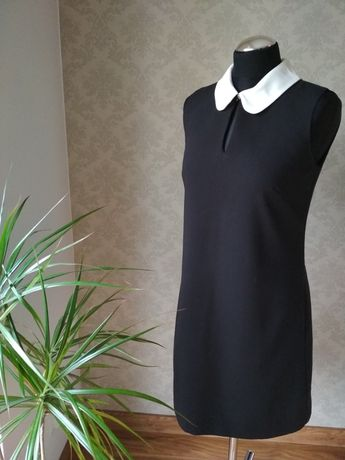 Czarna klasyczna sukienka