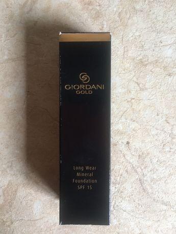 Тональный крем Giordani Gold