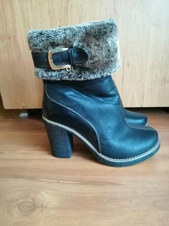 Na sprzedaż buty zimowe