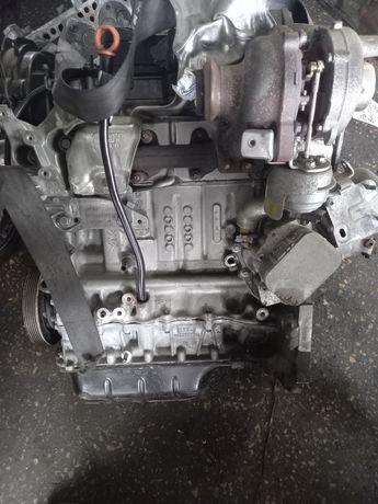 Мотор двигатель двигун 1.6 HDI ситроен форд  9HP DV6DTED