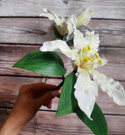 Лилии из фоамирана