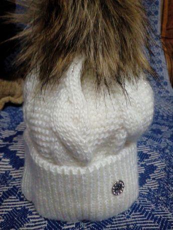 Продам зимову шапочку