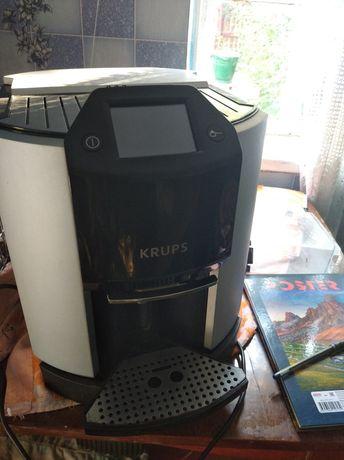 Германская кофемашина, не большой пробег.