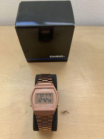 Relógio Casio Collection Digital Aço B640WC-5AEF
