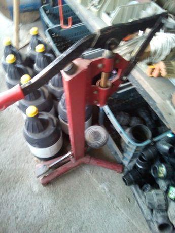 Máquina de engarrafar vinho