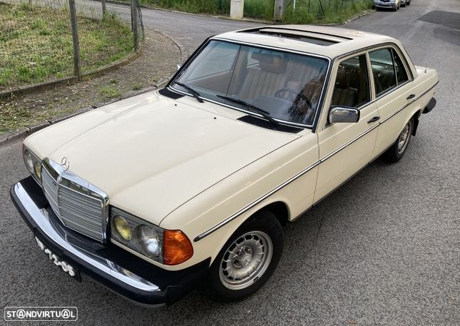 Mercedes-Benz 240 D W123