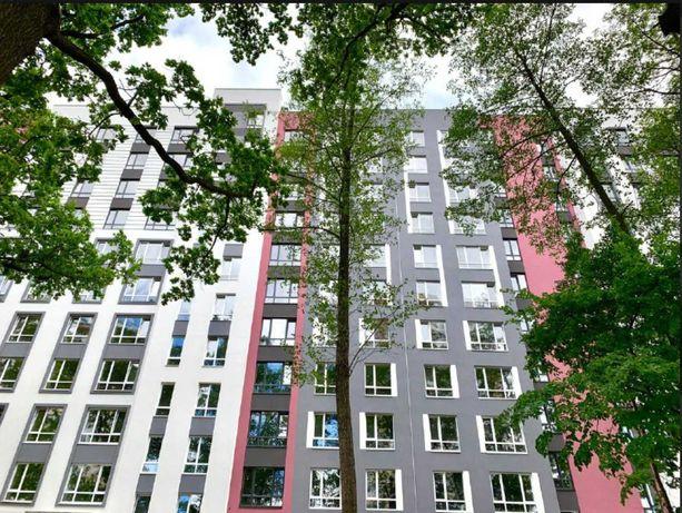 Большая 2к квартира с видом на парк !