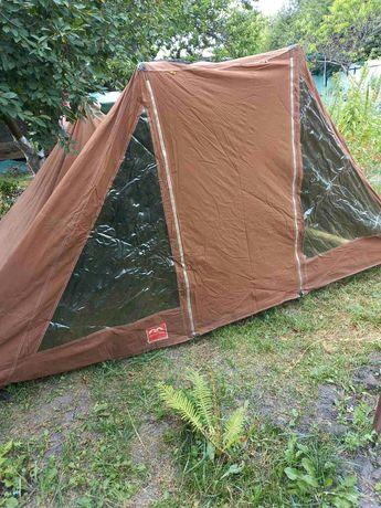 Продам четырехместную палатку производства Польша с тентом в отличном