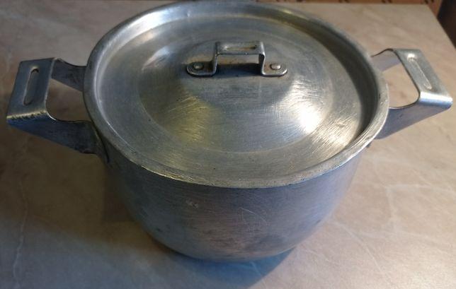 Кастрюля алюминиевая 1.8 л.
