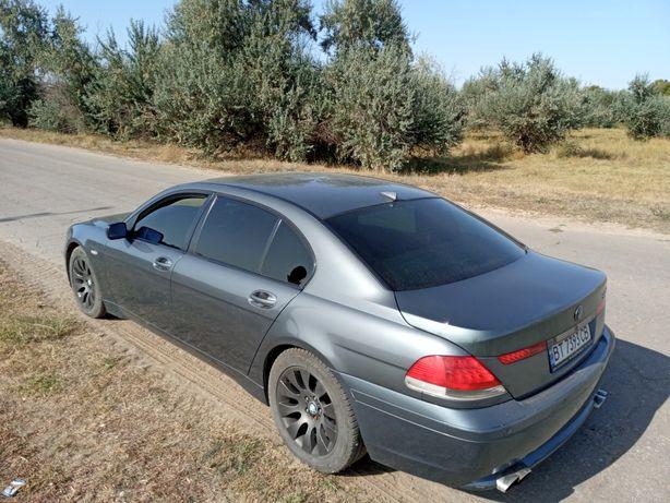 Продам BMW 740Li
