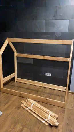 Pinio łóżeczko domek