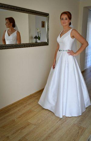 Suknia ślubna z motywem kaszubskim