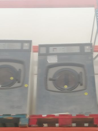Stock Máquina de lavar Girbau