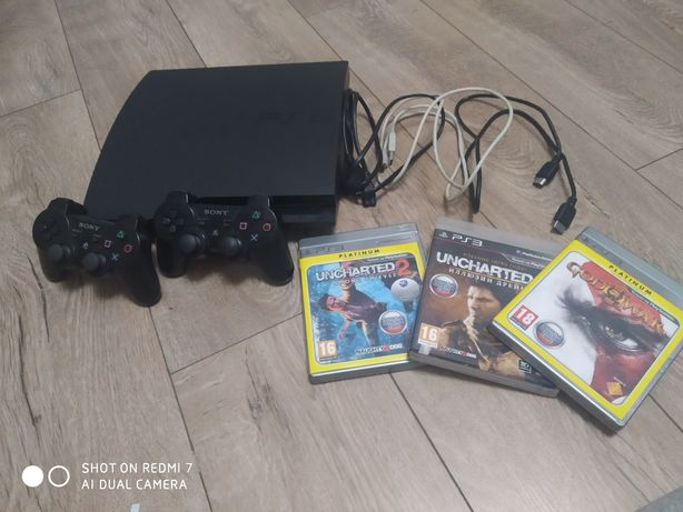 Продаю приставку sony playstation 3 на 120 гб з двома джойстиками